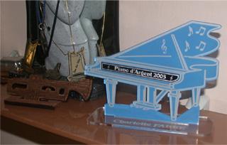 Mini piano objet